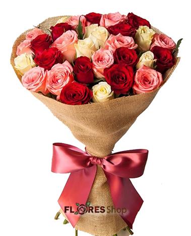 2242 Elegância de rosas
