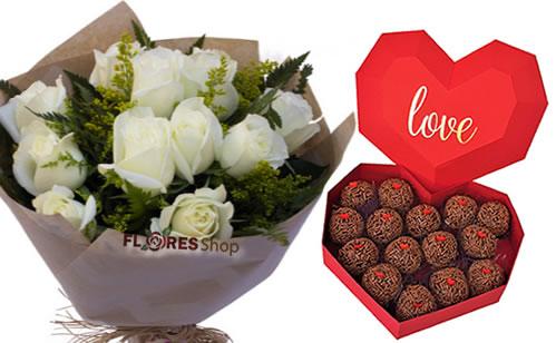 3885 Sweet White Roses