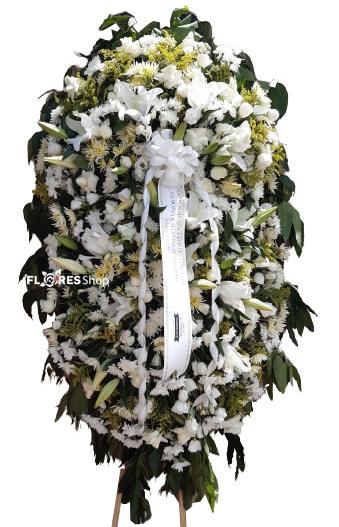 4657 Coroa de Flor - Carinho Eterno